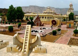 jantar mantar - visiting places in Jaipur